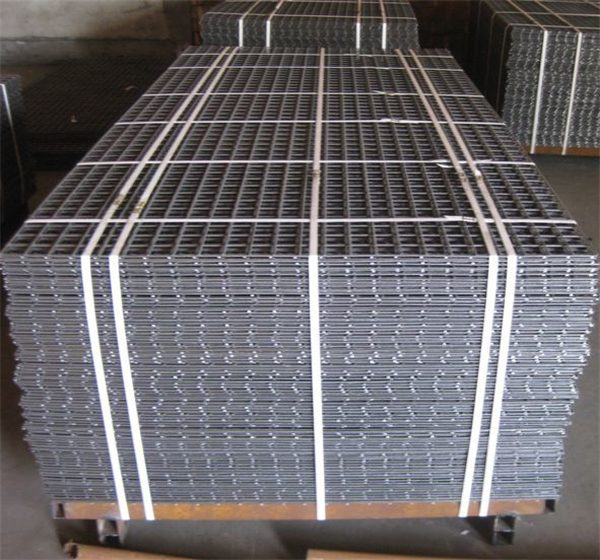 Hot-sale-black-welded-wire-fence-mesh
